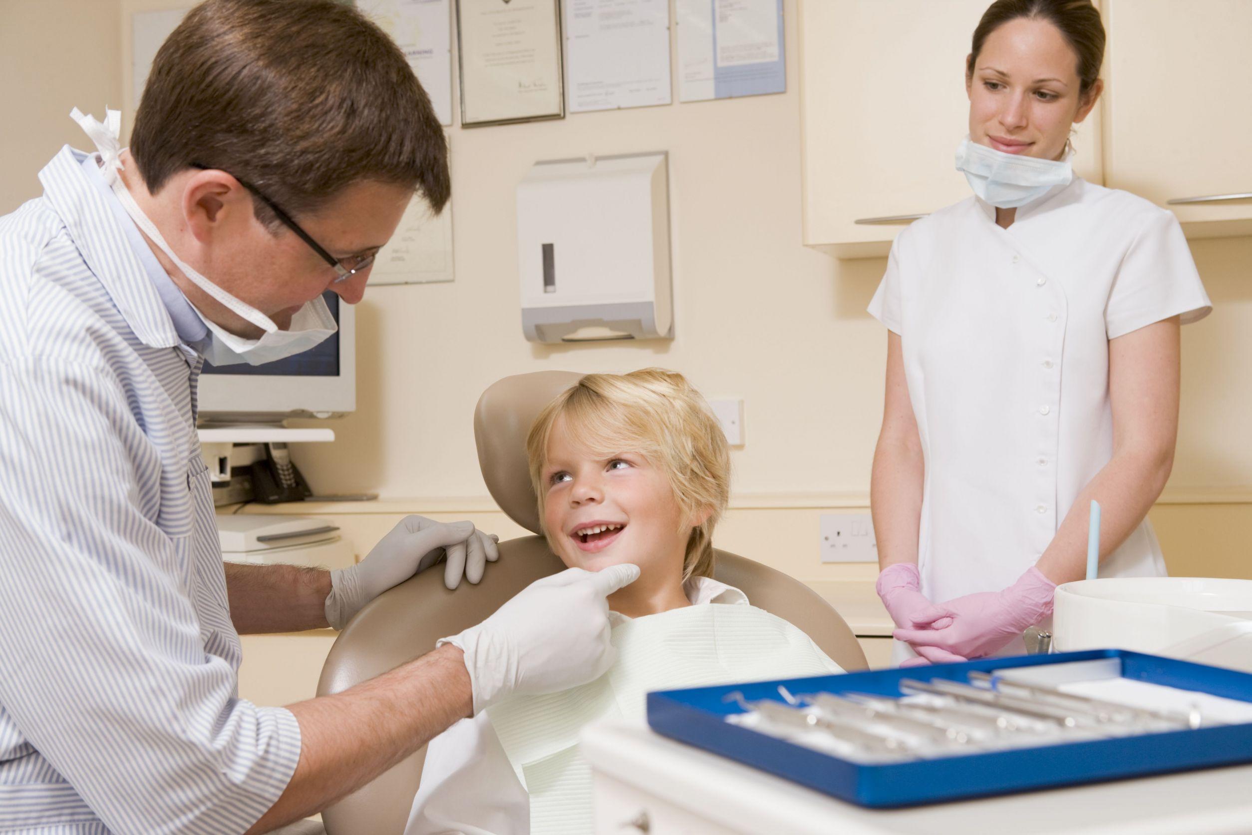 kid_at_dentist